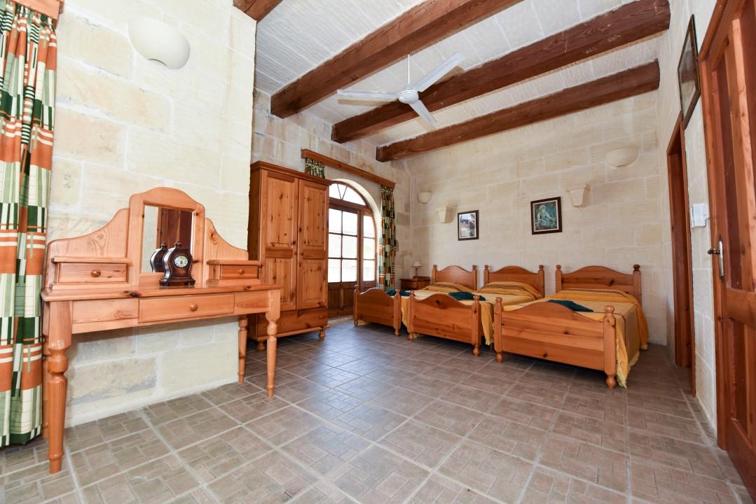 Triple Single Bedroom